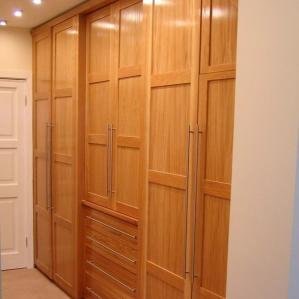Bedroom Furniture : wardrobe