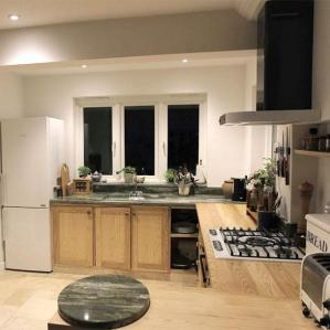 Kitchens : Kitchen 6